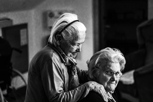 ¿Cuando necesitan ayuda nuestros familiares ancianos?